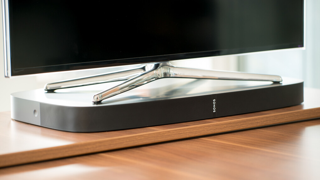 sonos playbase im test oben fernseher unten soundbar. Black Bedroom Furniture Sets. Home Design Ideas