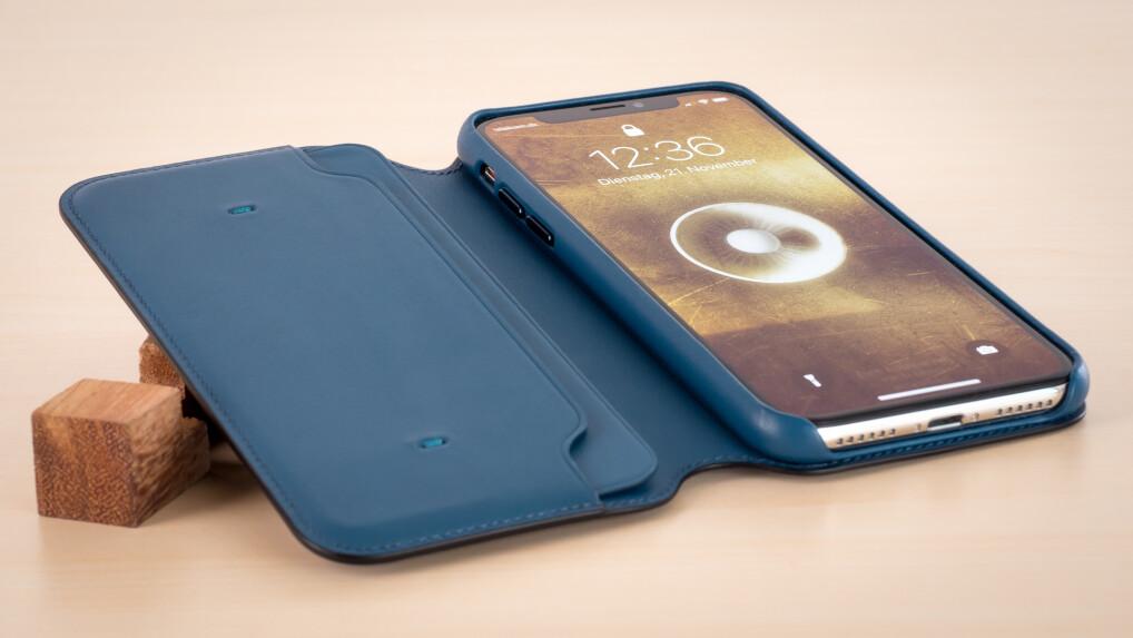 apple leder folio f r iphone x im test eine 110 euro. Black Bedroom Furniture Sets. Home Design Ideas