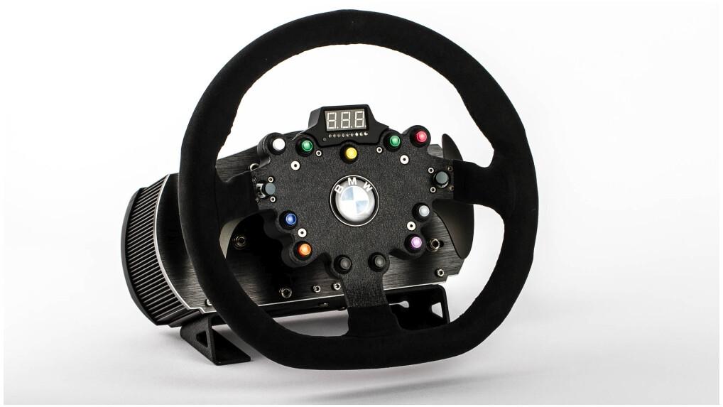 clubsport steering wheel bmw gt2 im test immer wieder anfassen netzwelt. Black Bedroom Furniture Sets. Home Design Ideas