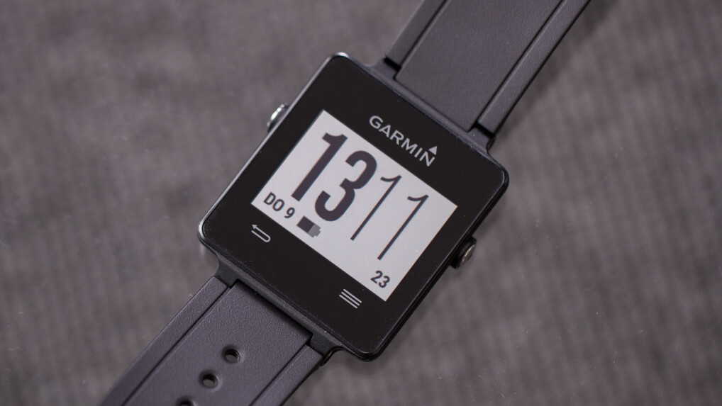 garmin vivoactive ausdauernde gps smartwatch f r. Black Bedroom Furniture Sets. Home Design Ideas