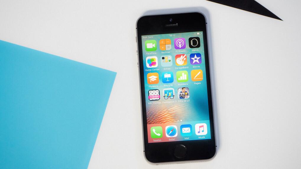3862d480d2 Das iPhone SE hat uns im Test zunächst beeindruckt, vor allem bei den  Benchmarks. So viel Power in solch einem kompakten Gehäuse! Und auch die  Bewertung zur ...