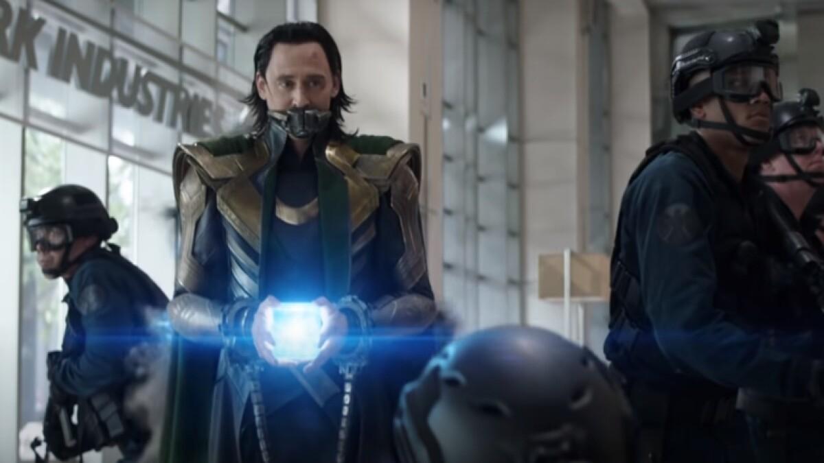 Loki con tesseract