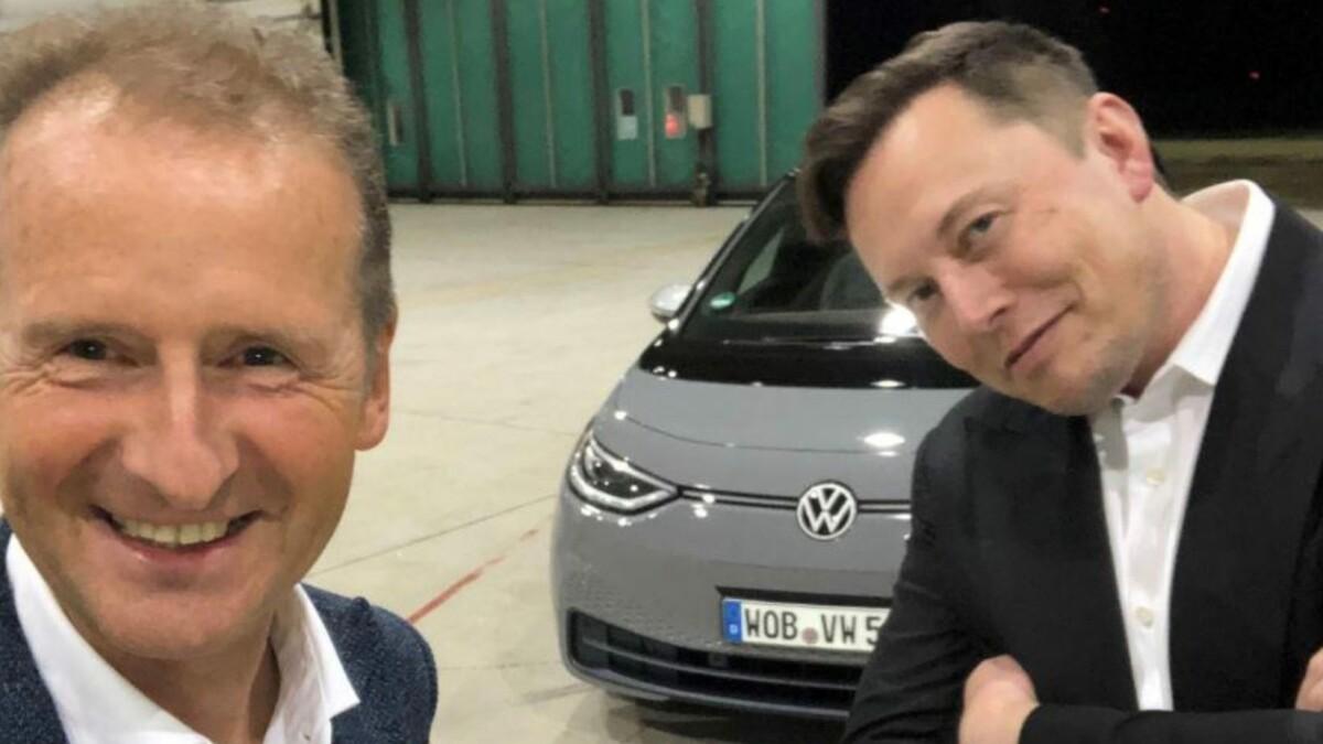 VW-Chef Herbert Diess trifft Tesla-Gründer Elon Musk: Ein Bild für die Geschichtsbücher? Eine Zusammenarbeit ist laut VW nicht geplant.