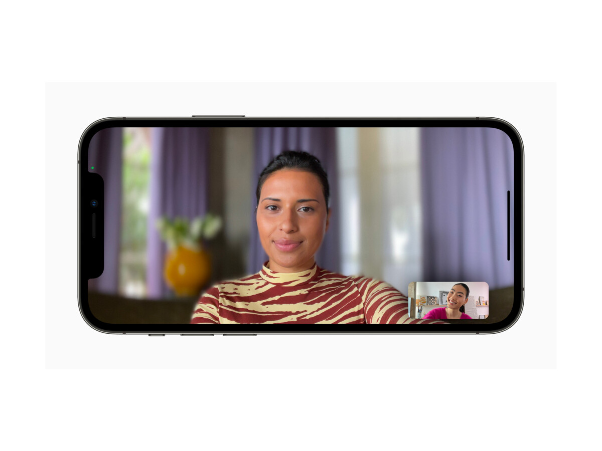With FaceTime, iPhone users can make video calls quickly and easily.