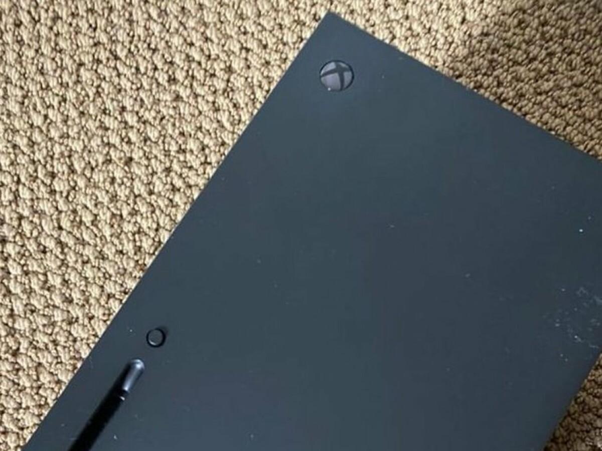 Xbox Series X: Foto-Leak zeigt Rückseite der Konsole mit Anschlüssen