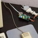 ...und am Macintosh Plus: Der Mini-PC verbindet den Altrechner mit dem Router.