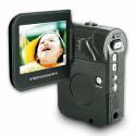 Diese Speicherkartenkamera besitzt einen CMOS-Bildsensor und nimmt Fotos mit maximal 3.872 x 2.904 Pixeln auf. Videos im MPEG4-Format bringen es nur auf 720 x 480 Pixel.