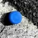 Blau ist die einzige Farbe im Schwarz-Weiß-Kurzfilm <b>Blue</b>. (<a href=http://video.google.de/videoplay?docid=-3807856161743193469 target=blank>Ansehen</a>)