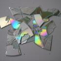Mit der Schere lässt sich ein optischer Datenträger effizient vernichten.