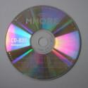 Die Oberseite einer CD-R ist eine Folie, die die Daten enthält.
