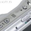 Ein eingebauter Bildstabilisator sorgt für gestochen scharfe Bilder auch bei Erschütterungen.