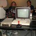 Ein alter Bekannter hat sich ebenfalls nach Leipzig verirrt: Wer wollte, konnte sich am Commodore C64 an vergangenen Zeiten erinnern.