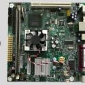 Das Mini-ITX Mainboard ist besonders klein (17 x 17 Zentimeter).
