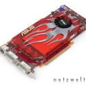 Während die günstigere Variante wie nahezu alle aktuellen 3D-Beschleuniger mit GDDR3-Speicher arbeitet, setzt die die teurere Ausgabe bereits auf GDDR4.