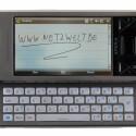 Neben der echten und der virtuellen Tastatur bietet das X1 auch die Möglichkeit handschriftlich Notizen zu schreiben.