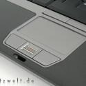 Ab 999 Euro verlässt das 12,1-Zoll-Notebook inklusive Fingerabdruckscanner und durchaus ordentlichem Kontaktangebot den Online-Shop.