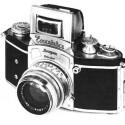 Die erste Kleinbild-Spiegelreflexkamera, die Kine-Exakta der Firma Ihagee aus Dresden. Gebaut ab Mitte der 30er Jahre.