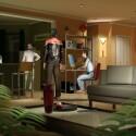 Kriegsrat: In der Wohnung der anfangs Bewusstlosen wird über die neue Situation gesprochen.