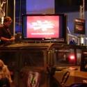 Ein Hummer in Tarnfarben bei Revoltec: Für Auto-Fans gab es viel zu sehen.
