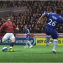 Wayne Rooney und John Terry auf der Playstation zwei.