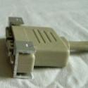 Die USB-Ports wurden leicht nach vorne geschoben und mit Heißkleber fixiert.