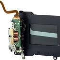 Die Motorisierung bringt auch Nachteile: der mechanische Aufzug des Verschlusses der analogen M-Kameras zeichnete sich durch Diskretion aus, die der motorisierte Aufzug des M8-Verschlusses durch seine Lautstärke verspielt. Foto: Leica