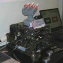 Verschlüsselte Waffensteuerung per Funk: HMTI-Geräte mit der USB-Raketenabschussbasis.