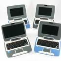 Grauer Classmate mit 9-Zoll-Display, blauber Classmate mit 7-Zoll-Display.