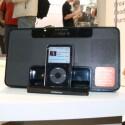 ...und mit eingestecktem iPod wird es zur Jukebox