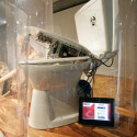 Der Gameboy hat als Toilettenunterhaltung endgültig ausgedient, wenn man dieses viel leistungsfähigere Schmuckstück betrachtet.