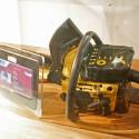 Scharfes Teil, zumindest war es das einmal. Ob dieses Gerät auch wirklich wie eine Motorsäge gestartet wird?