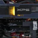 Statt eines normalen CPU-Kühlers kommt ein Zwei-Phasen-System zum Einsatz: Zunächst fließt Flüssigkeit am Vier-Kern-Prozessor vorbei, anschließend geht es dem Rest der Wärme mit thermoelektrischen Kühlmodulen aus Keramik an den Kragen.