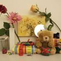 Zimmerbeleuchtung ein, Blitz aus: ISO 400, Blende 4.5, 1/50 Sekunde - Großbildansicht um ca. 20 Prozent gegenüber der Originalgröße verkleinert.
