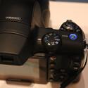 Die Bridge-Kamera speichert auch Fotos im RAW-Format.