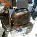 Viele Motoren und Technik greifen Ineinander für den perfekten Toast.