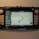 Zenec bietet auf unterschiedliche Fahrzeuge abgestimmte Navigationslösungen. So ersetzt das Modell ZE-NC3810 die Standard-Konsole im Ford Fokus und Ford Mondeo vollständig und verwandelt die Mittelkonsole in ein Entertainment- und Navigations-Terminal.