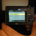 Die Nikon Coolpix S1000pj ist voraussichtlich Mitte September für 429 Euro im Handel erhältlich.
