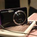 Die Samsung-Kameras ST 500 und ST 550 verfügen über ein Zweitdisplay auf der Vorderseite.