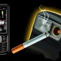 """Zigaretten anzünden mit dem Mobiltelefon? Mit dem SB6309 Lighter Phone soll dies tatsächlich möglich sein. Das Quadband-Handy wird in dem chinesischen Online-Shop """"Seabright"""" angeboten. Beim Besuch des Shops ist allerdings Vorsicht geboten: Die Seite enthält schädlichen Code. Hierzulande wird das SB6309 bislang noch nicht angeboten."""