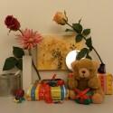 Zimmerbeleuchtung ein, Blitz aus: ISO 200, Blende 2.8, 1/50 Sekunde.