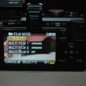 Der LCD-Monitor ist 7,6 Zentimeter groß.