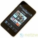 Der Apple iPod Touch mit wahlweise 8, 32 oder 64 Gigabyte großem Speicher setzt Maßstäbe bei Bedienung und Ausstattung. Die 32- und 64-Gigabyte-Versionen sind nun bis zu 50 Prozent schneller.