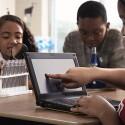 Gegen einen Aufpreis bietet Dell das Netbook für Schüler auch mit Touchscreen an.