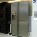 Der koreanische Hersteller zeigt als Höhepunkt seiner Side-by-Side-Kühlschränke auf der IFA den RS-G5PUPN.