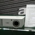 3D-Beamer mit HD-Auflösung - Shutterbrille nötig.