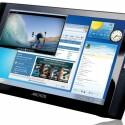 Das neun Zoll große Display spielt mit einer Auflösung von 1024 x 600 auch Videos in High Definition ab.