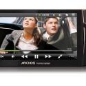 Der Multimedia-Player bietet unter anderem USB 2.0, WiFi (802.11 b/g) oder die Wiedergabe von 720p-HD-Inhalten.