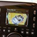 Alle Informationen, wie zum Beispiel das Album-Cover, zeigt die Squeezebox auf einem Farbdisplay an.