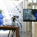 Übersicht - Motiv, Kamera, Fernseher und Polarisationsbrillen.
