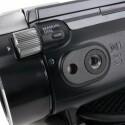 Rad für manuellen Fokus an der Unterseite der Linse.